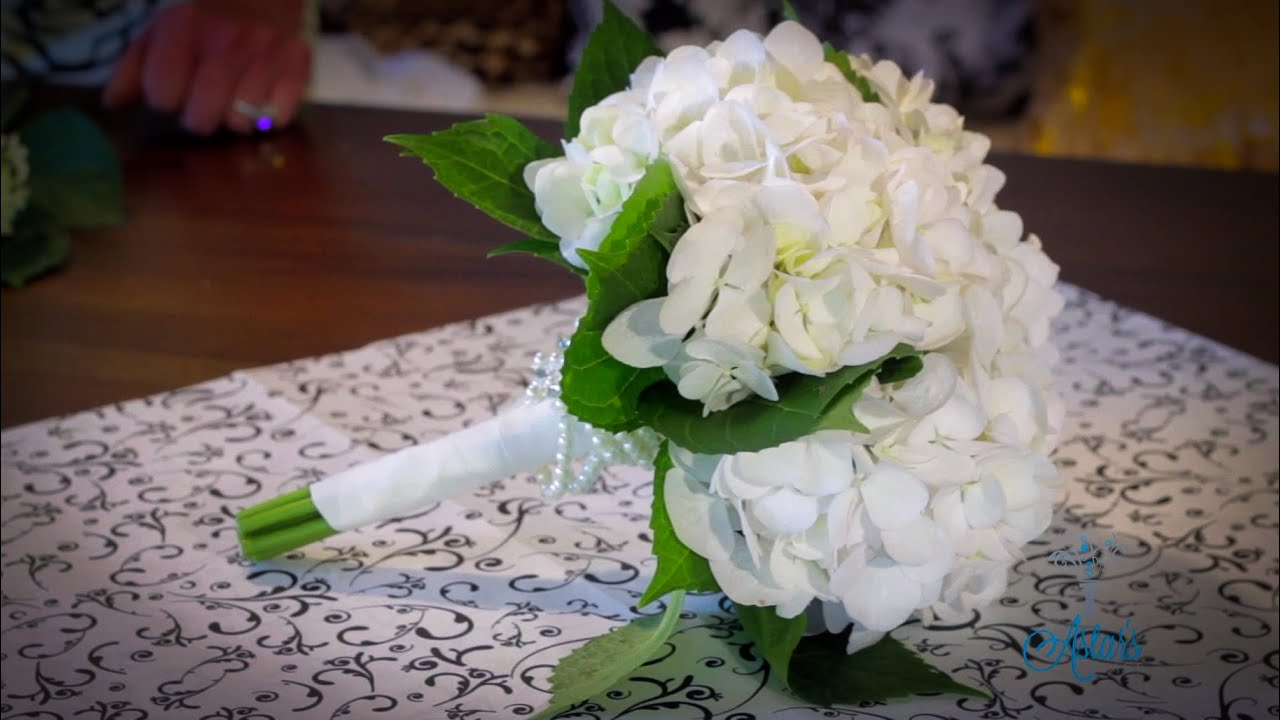How To Make A Hydrangea Bouquet Floristry Tutorial Youtube