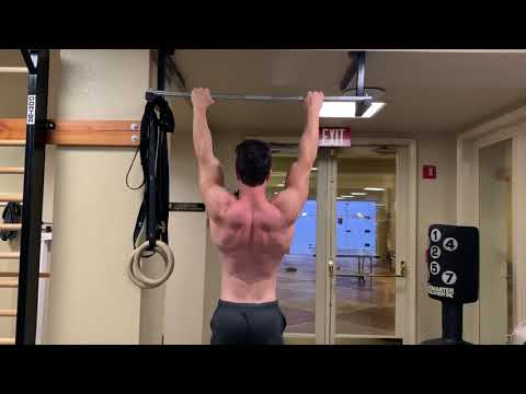 HOW TO STRENGTHEN MUSCLES OF THE SCAPULA WITH CALISTHENICS