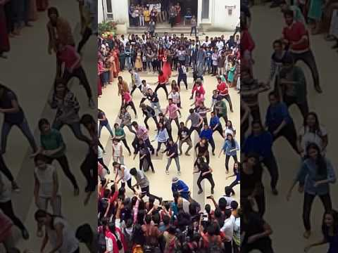 Bollywood Flash Mob at Oxford college of Science