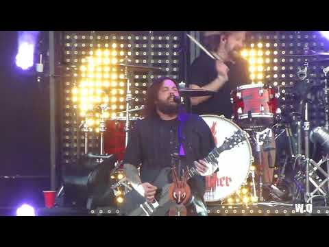 Seether - Let You Down Live 2017