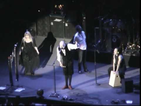 Fleetwood Mac - Lindsey's guitar tuning problems