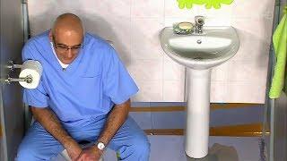 постер к видео Малышева о том как бесшумно сходить в туалет в гостях