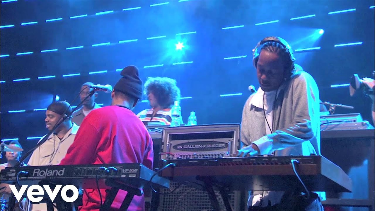 Download Snoop Dogg - Pop Lock Interlude (Live at the Avalon) ft. Ric-Hard