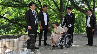 百合子(八千草薫)の前に、亡き夫・光弥(里見浩太朗)とそっくりな男...