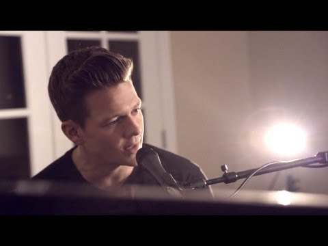 Locked Out Of Heaven - Bruno Mars (Tyler Ward...