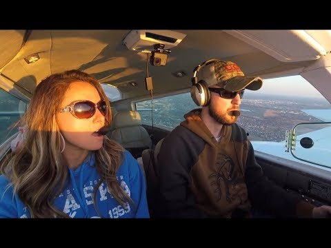Flying the Chicago Skyline, Turbulence and a Sporty Landing