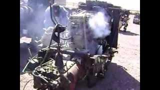 MOV02633 Motor Cummins 350HP con Transmi...