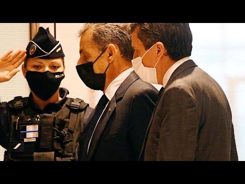 فرنسا: الادعاء يطلب سجن ساركوزي ستة أشهر نافذة في قضية تبديد الأموال خلال حملته الرئاسية عام 2012  - نشر قبل 5 ساعة