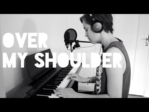 Mika - Over My Shoulder (cover) - Helena To Guitar