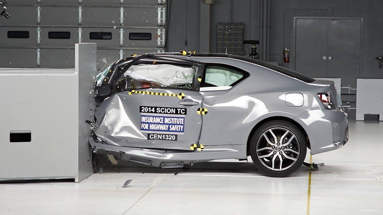 2014 Scion Tc Small Overlap Iihs Crash Test Doovi