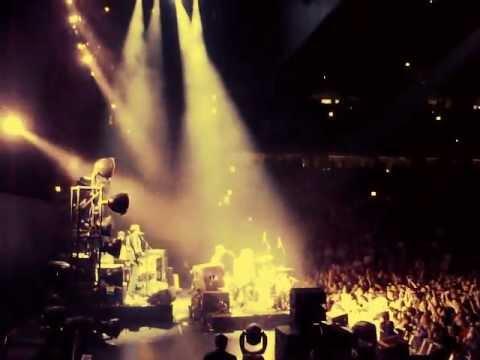 The Black Keys - Money Maker - Live at the United Center in Chicago