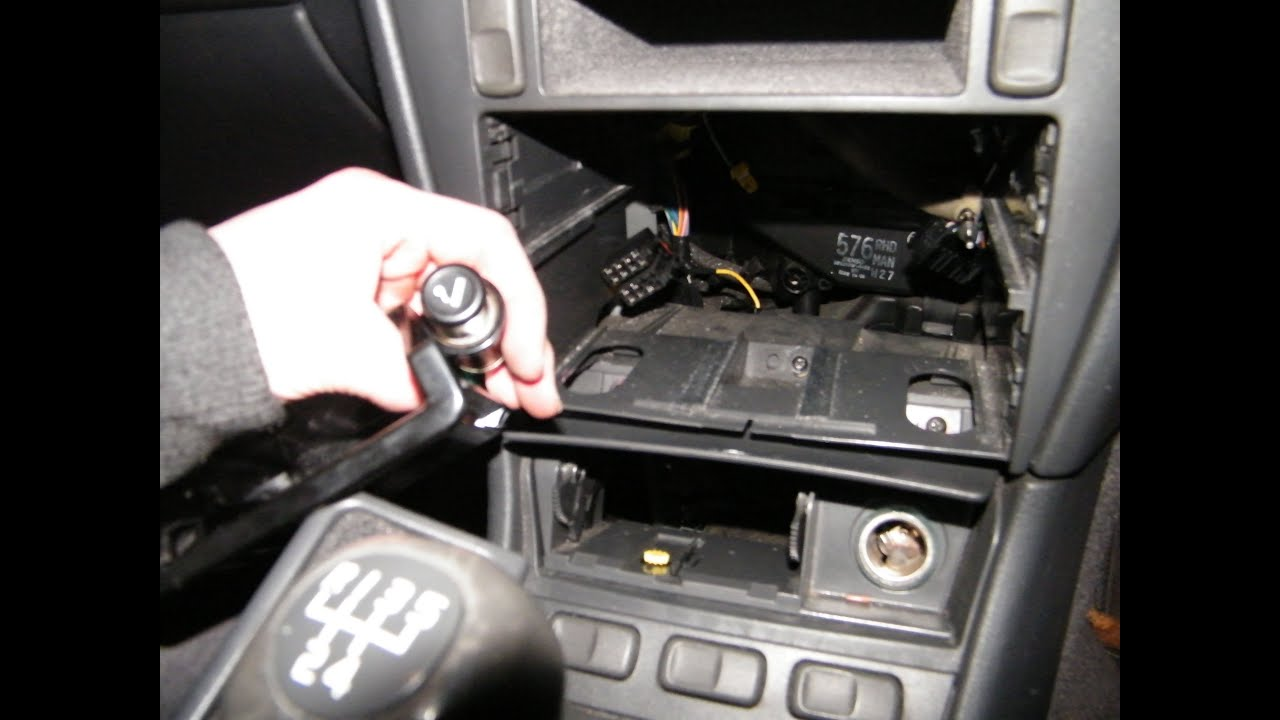 maxresdefault cigarette lighter socket (plug) replacement shown on volvo s40 v40 2001 volvo s40 interior fuse box at bakdesigns.co