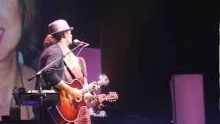 Jason Mraz - The Woman I Love / A Beautiful Mess (Zénith de Paris 12-11-2012)