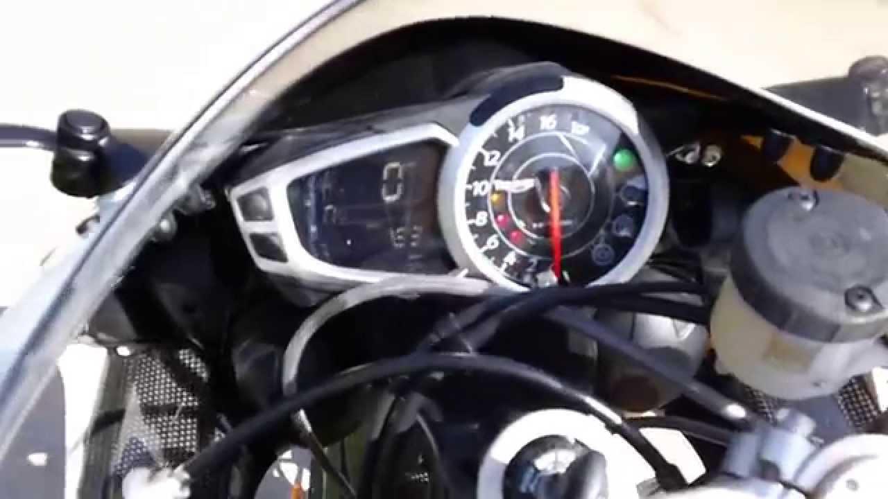 2012 Triumph Daytona 675R - YouTube