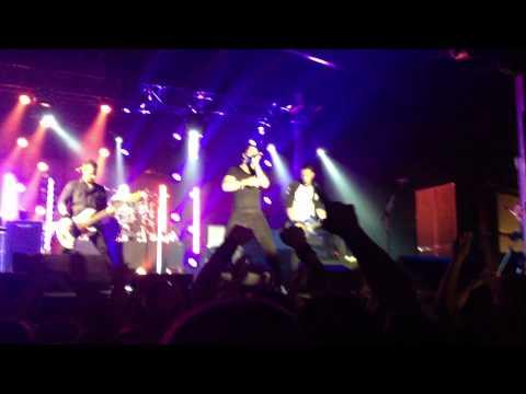 Creed - One (LIVE @ AZTECA MUSIC HALL AMARILLO TX)
