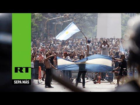Grecia se ve reflejada en el espejo del corralito argentino de 2001