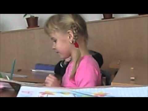 Видео: Дети бьются головой об стол by Apple kowap