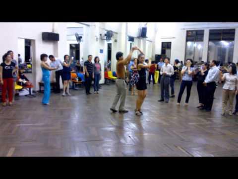 Bài Valse lớp 4 (with music) -Thầy Đức Thắng-Th11/2012