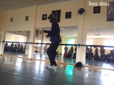 House Dance / Lia Diaz  ^-^