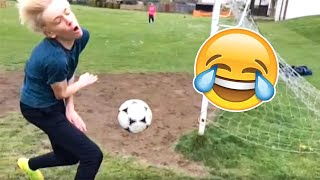 BEST FOOTBALL VINES 2020 - FAILS, SKILLS & GOALS #3