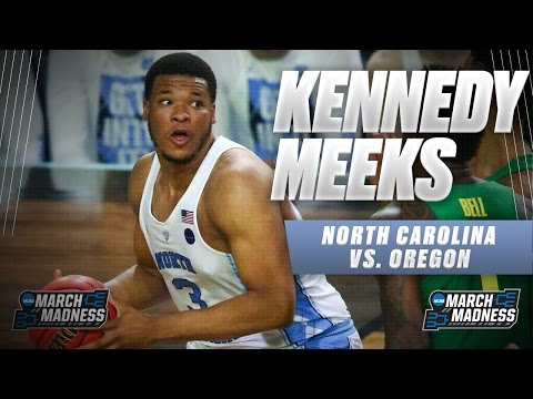 North Carolina vs. Oregon: Kennedy Meeks scores game-high 25, unstoppable in the paint!