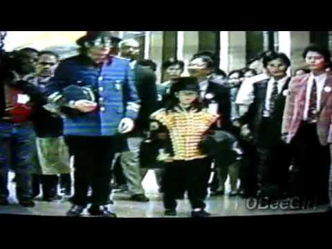Omer Bhatti with Michael Jackson (1996)