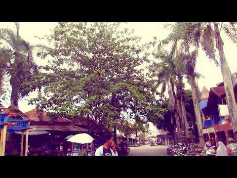 Pusat Ole-oleh Khas Kalimantan Pasar Citra Niaga Samarinda , Kalimntan Timur , Indonesia from YouTube · Duration:  1 minutes 59 seconds