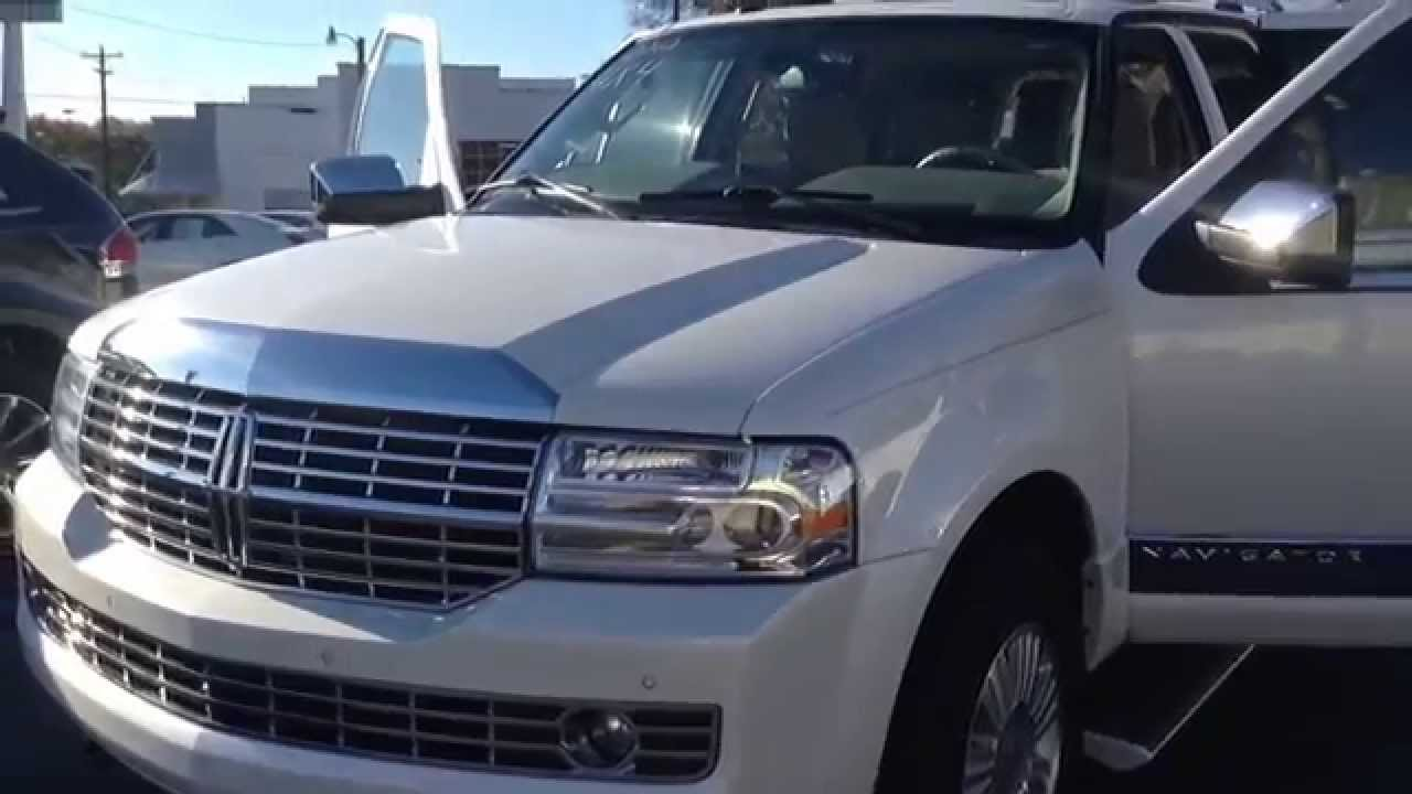 exterior lincoln navigator reviews front suv side features price base l view photos