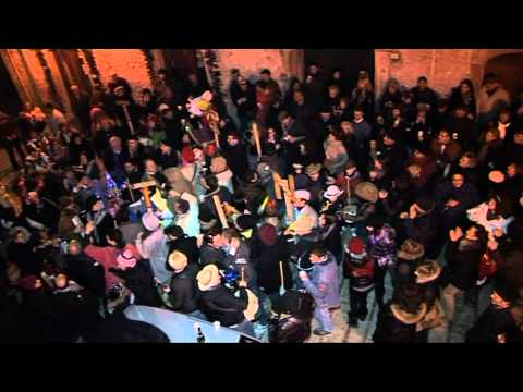 Gambatesa maitunat notte 31/12/10: fuochi brindisi e balli in piazza