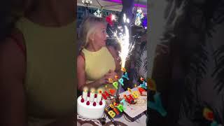 Мария Порошина отметила день рождения в Израиле с коллегамии