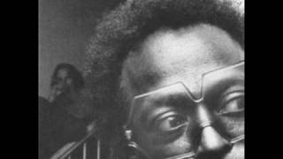 Miles Davis - Milestones (Live)