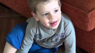 Греция. Пелопоннес. Греческий ребенок. Игры с ребенком(, 2014-04-16T12:55:04.000Z)
