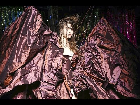 Vivienne Westwood | Fall Winter 2015/2016 Full Fashion Show | Exclusive