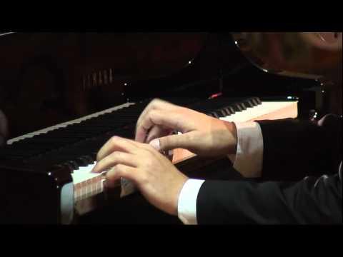 Eduard Kunz plays Beethoven Piano Sonata No.21 'Waldstein' - Mov.1 (2011)