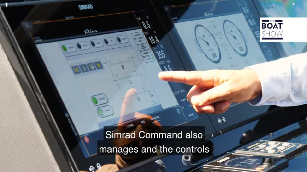SIMRAD COMMAND SYSTEM on board Yacht RIVA 88 FOLGORE - Review - The Boat Show