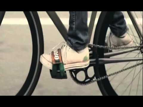 Elliott Smith - Don't Fear The Reaper (Blue Oyster Cult Cover) Electricиз YouTube · Длительность: 5 мин22 с