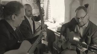 Douce Ambience - The Djangoliers