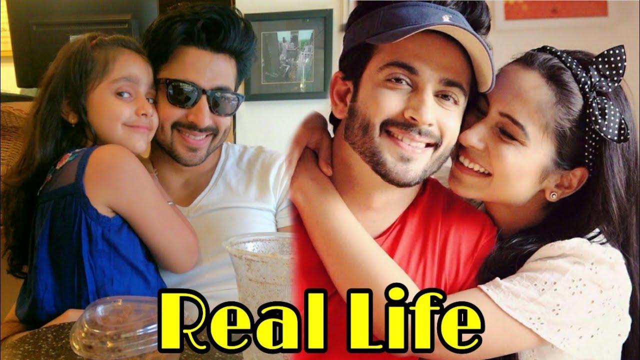 Kundali Bhagya actor Dheeraj Dhoopar Real Life Family - YouTube