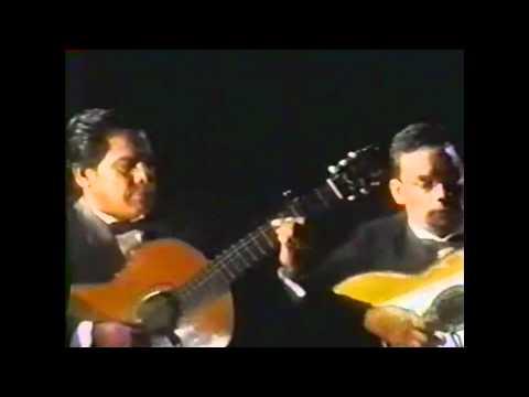 julio-jaramillo---cuando-llora-mi-guitarra-(compositor-augusto-polo-campos)