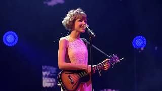 Grace VanderWaal - I Don't Know My Name (Live at WE Day Seattle)