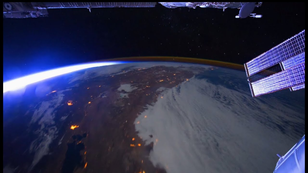 The Wonders of Space - Amazing Images Of Earth From ISS ...