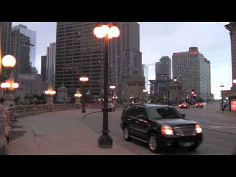 Chicago B roll Wacker Street background for green screen