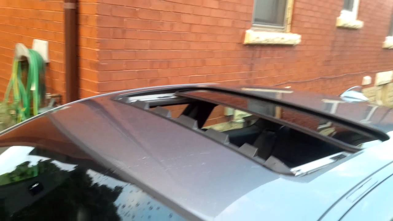 Rain Sensor Controlled Sunroof   BMW E92