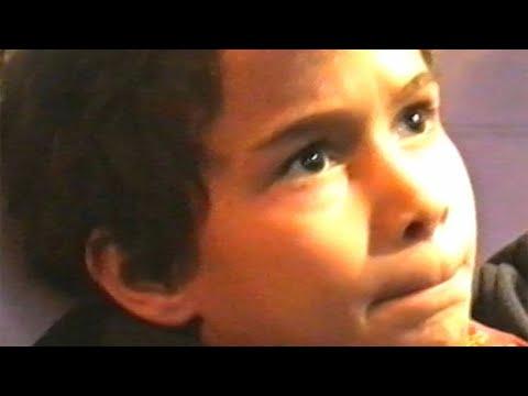 Youtube: 7 Jaws – Enfance (Clip officiel)