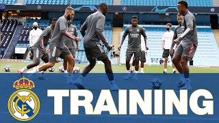 ⚽ Real Madrid train in Manchester before Manchester City clash!