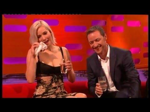 Toilet joke reduces Jennifer Lawrence to tears