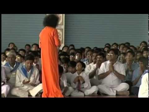 Sri Sathya Sai Bhajan...Ananda Sagara Muralidhara...