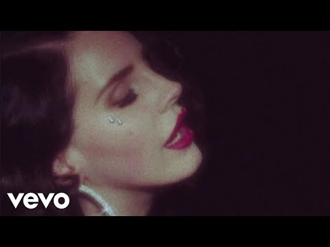 Video - Lana Del Rey - Young and Beautiful (Official Music Video)