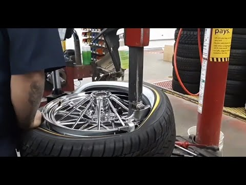 Texan Wire Wheels Get Vogues Mounted!!