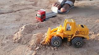 Construction Vehicles, Cars and Trucks toys videos for kids